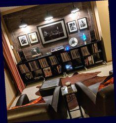 Home Music Rooms, Music Studio Room, Audio Studio, Studio Musica, Sound Room, Room Acoustics, Vinyl Room, Audio Room, Home Theater Design