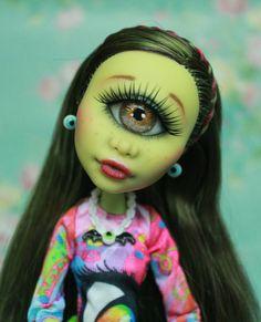 Items similar to Reserved! Monster High Iris Clops Doll Repaint OOAK on Etsy Custom Monster High Dolls, Monster High Repaint, Custom Dolls, Tiny Dolls, Ooak Dolls, Art Dolls, Pokemon Dolls, Creepy Dolls, Doll Repaint