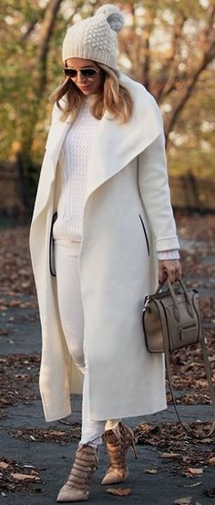 Love this look for Christmas 👌 Fall Winter Outfits, Winter Wear, Autumn Winter Fashion, Street Chic, Street Style, Brooklyn Blonde, Winter Looks, Mode Style, White Fashion