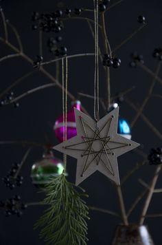 DIY: Christmas star string art / Printable templates by Blikfang