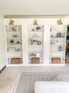 Built In Shelves Living Room, Living Room Bookcase, Ikea Living Room, Bookcase Wall, Bookshelves Built In, Billy Regal Hack, Ikea Billy Bookcase Hack, Billy Bookcases, Billy Bookcase Office