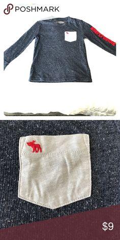 Kids Abercrombie Long Sleeve Sweater 5/6 SALE $9 Kids Abercrombie Long Sleeve Sweater 5/6 SALE $9 abercrombie kids Shirts & Tops Sweaters