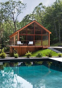Would be gorgeous mountain house! (Hudson Woods by Lang Architecture)
