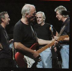I'm an Italian Pink Floyd fan! I'm in love with David Gilmour and his guitar! Ah! i play guitar (NOT...
