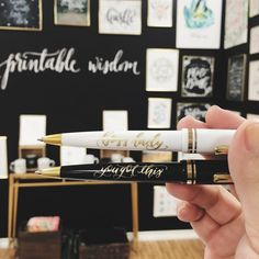 These free pens are a hit at #PrintableWisdom #booth1609 at the #dallasmarket #dallastotalhomeandgiftmarket - We're going to be testing out a few different brands and hopefully offering gold printed pens in the shop soon!  by printablewisdom