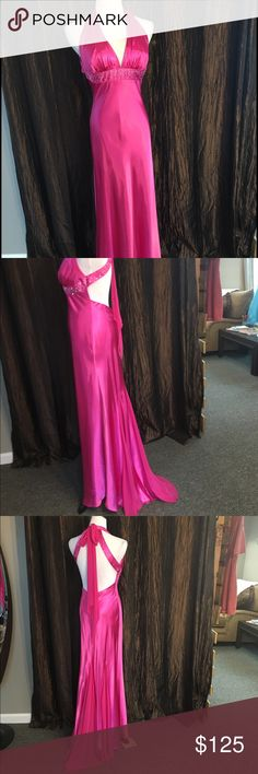 Pink silk Blondie Nites prom dress Pretty pink Blondie Nites prom dress Blondie Nites Dresses Prom