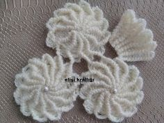 Pearl Passionflower Model Vest Making Crochet Owls, Crochet Motif, Irish Crochet, Crochet Designs, Easy Crochet, Crochet Stitches, Crochet Flower Tutorial, Crochet Flowers, Crochet Blanket Patterns
