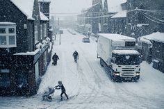 Another snowy day in York by Paul Kelly