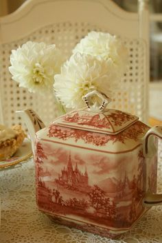 Mother loved her transferware. She would love this little Staffordshire red transferware tea pot Chocolate Pots, Chocolate Coffee, Vintage Dishes, Vintage China, Vintage Teapots, Tea Cup Saucer, Tea Cups, Cuppa Tea, Teapots And Cups