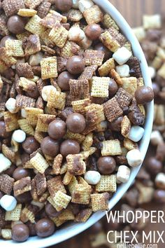 Wood Floor Cleaner This Whopper Chex Mix is a great twist on the traditional and perfect for large groups! Recipe from This Whopper Chex Mix is a great twist on the traditional and perfect for large groups! Recipe from Snacks Für Party, Easy Snacks, Yummy Snacks, Delicious Desserts, Yummy Food, Köstliche Desserts, Dessert Recipes, Tailgate Desserts, Plated Desserts
