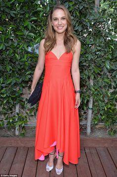 Natalie Portman, coral dress
