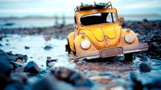 Mini adventures with toy cars