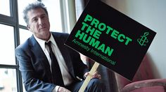 Dustin Hoffman is suited up and serious about protecting the human - Activismo / Activism