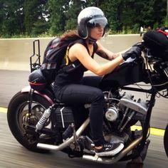 Photos : Les filles et les motos, chapitre 1 - Chazster
