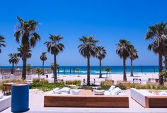 Looking for new ladies night Dubai offers? Here's a shortlist of 5 new Dubai ladies nights to check out in October. offer details on insydo! Beach Cove, Beach Bars, Ladies Night Dubai, Behind The Sea, Dubai Nightlife, Nikki Beach, Waterfront Restaurant, Beach Shack, Rooftop Bar