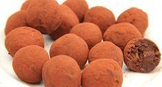 Étcsokoládés avokádó trüffel recept Healthy Desserts, Healthy Recipes, Healthy Meals, Baby Food Recipes, Sweet Potato, Muffin, Paleo, Sweets, Candy