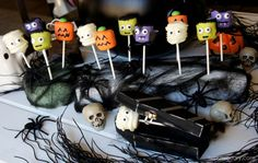 Halloween Marshmallow Pops - I Wash You Dry