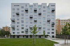 Rekonstrukcija stambene zgrade, biro GutGut, u Rimavskoj Soboti, Slovacka | Prefab Housing in Rimavska Sobota, Slovakia