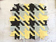 Pied-de-poule pattern woven out of paper by textile designers Helle Gråbæk and Maria Kirk Mikkelsen.