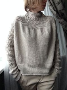 Ravelry is a community site, an organizational tool, and a yarn & pattern database for knitters and crocheters. Knitting Projects, Knitting Patterns, Online Thrift Store, Knit Vest, Knitted Bags, Knitting Needles, Ravelry, Knitwear, Knit Crochet