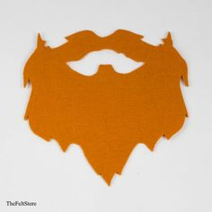 Get into the Irish spirit! This DIY felt beard is perfect for your St. Get your beard on! Free template available. San Patrick, St Patrick's Day Costumes, Diy Costumes, Halloween Costumes, Mishloach Manos, Fake Beards, Nativity Costumes, Enchanted Forest Party, World Thinking Day