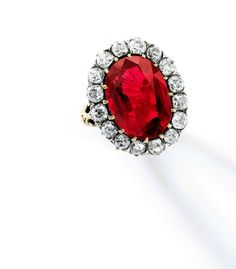 """""""The Queen Maria-José Ruby Ring"""", an exceptional 8.48 carats Burmese """"pigeon's blood"""" ruby and diamond ring formerly part of the personal collection of the last Queen of Italy, Maria-José (1906-2001)."""