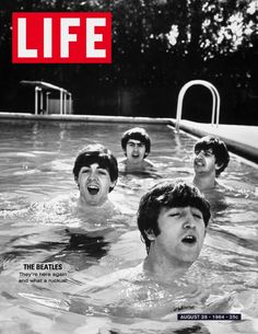 Paul McCartney, George Harrison, John Lennon & Ringo Starr of the Beatles, taking a dip in a swimming pool . Get premium, high resolution news photos at Getty Images Walter Mitty, Ringo Starr, George Harrison, Life Magazine, The Beatles, Beatles Photos, Beatles Band, Beatles Poster, Classic Rock