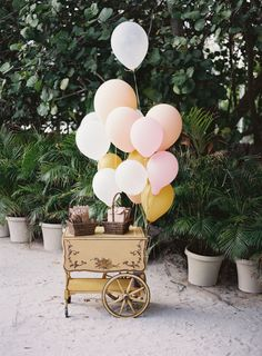 Colorful balloons: http://www.stylemepretty.com/2016/05/13/this-disney-inspired-wedding-is-the-ultimate-fairytale/ | Photography: Ozzy Garcia - http://ozzygarcia.com/