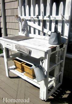 DIY Potting Bench ww
