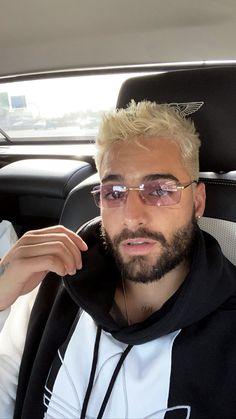 Versace Women's Medusa Aviator Sunglasses, White/Grey – The Fashion Mart Stylish Sunglasses, Sunglasses Women, Maluma Haircut, Faded Beard Styles, Beard Fade, Papi, Haircuts For Men, Men Hairstyles, Strike A Pose