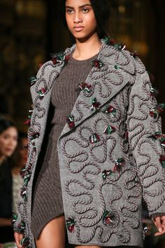 Stella McCartney | Fall 2014 Ready-to-Wear Collection | Style.com - Add rope and tassels to the vogue pattern?