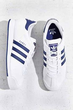 adidas Originals Samoa Blue Stripe Sneaker from Urban Outfitters. Shop more products from Urban Outfitters on Wanelo. Sock Shoes, Shoe Boots, Sneaker Store, Style Masculin, Trend Fashion, Fashion Fashion, Fashion Outfits, Herren Outfit, Street Style Trends