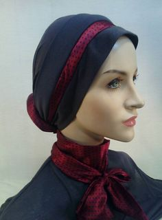 Scarf with tie