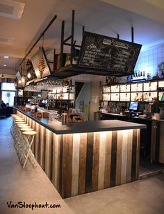 Pub Design, Bar Interior Design, Coffee Shop Design, Restaurant Interior Design, Cafe Interior, Bar Counter Design, Deco Restaurant, Home Bar Designs, Pub Bar