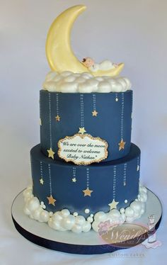 moon cake Two tiers Moon baby shower cake with all edible details Torta Baby Shower, Baby Shower Cakes For Boys, Baby Boy Cakes, Boy Baby Shower Themes, Baby Boy Shower, Baby Shower Decorations, Cloud Baby Shower Theme, Gold Baby Showers, Star Baby Showers