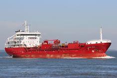http://koopvaardij.blogspot.nl/2017/05/27-mei-2017-op-de-westerschelde-bij.html    10-3-2011 opgeleverd als GLOBAL RIVER   aan Global River Shipping Ltd., Gibraltar,   in beheer bij North Sea Tankers B.V., Krimpen a/d IJssel