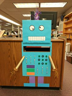 Book Drop Art for Reading by Design Summer Reading Program. Bruce C. Clarke Library