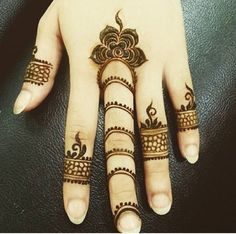 Today I will let you comprehend something about the latest trends in Floral Henna Design as I have amazing designs for you. Henna Flower Designs, Finger Henna Designs, Mehndi Designs For Fingers, Flower Henna, Arabic Mehndi Designs, Latest Mehndi Designs, Beautiful Henna Designs, Simple Mehndi Designs, Mehandi Designs