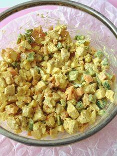 Ensalada de pollo con salsa de curry