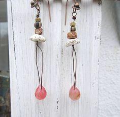 Boucles d'oreille romantiques et minimalistes : par annemarietollet