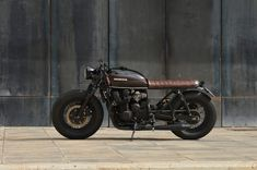 Honda CB750 Brat Style 4