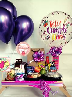 Birthday Gifts For Boyfriend Diy, Boyfriend Gifts, Personalised Gifts Diy, Diy Gifts, Birthday Brownies, Breakfast Basket, Birthday Hampers, Ideas Aniversario, Balloon Arrangements