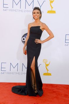 Emmy Awards 2012: Giuliana Rancic showed off her legs in a black strapless gown.  #Emmys