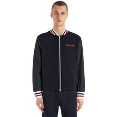 Moncler Gamme Bleu Men Cotton Jersey & Nylon Bomber Jacket (3.775 BRL) ❤ liked on Polyvore featuring men's fashion, men's clothing, men's outerwear, men's jackets, navy, mens jackets, mens nylon jacket, mens striped jacket and mens flight jacket