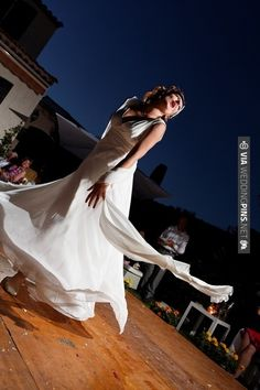 marilyn monroe bride / Blaise Fiedler Wedding Photography /   VIA #WEDDINGPINS.NET