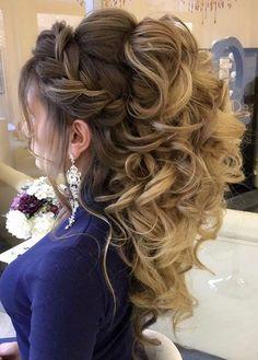 Featured Hairstyle: Elstile http://www.elstile.ru; Wedding hairstyle idea.
