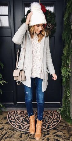 40 Stylish Outfit Ideas For This Winter - #winteroutfits #winterstyle #winterfashion