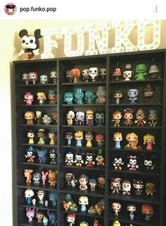 My dream bedroom has to have a place to display my geeky knick knacks and funko pops Funko Pop Shelves, Funko Pop Display, Deco Disney, Pop Disney, Funko Pop Figures, Pop Vinyl Figures, Pop Figurine, Funk Pop, Pop Toys