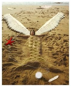 The flying mermaid via ★ Zuriñe Aguirre ★. Click on the image to see more!