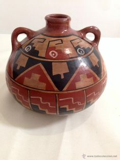 Vasija de cerámica Diaguita, Atacama Native American Artwork, Native American Pottery, Ceramic Pottery, Pottery Art, Potters Clay, Ceramic Flowers, China Painting, Aboriginal Art, Ancient Art